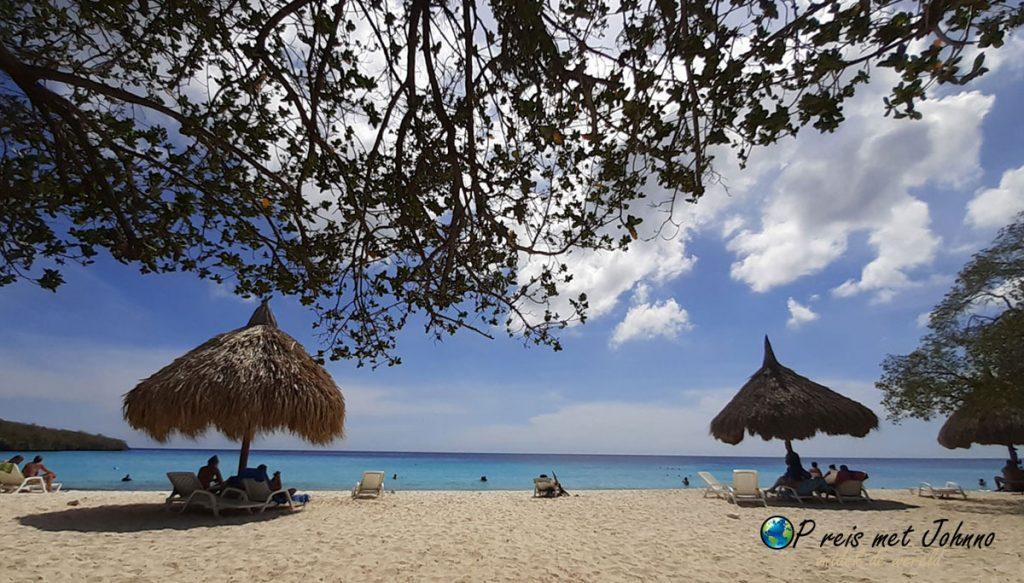 Cas Abou. Het Bountsystrand van Curacao. Heerlijk vakantiegevoel.
