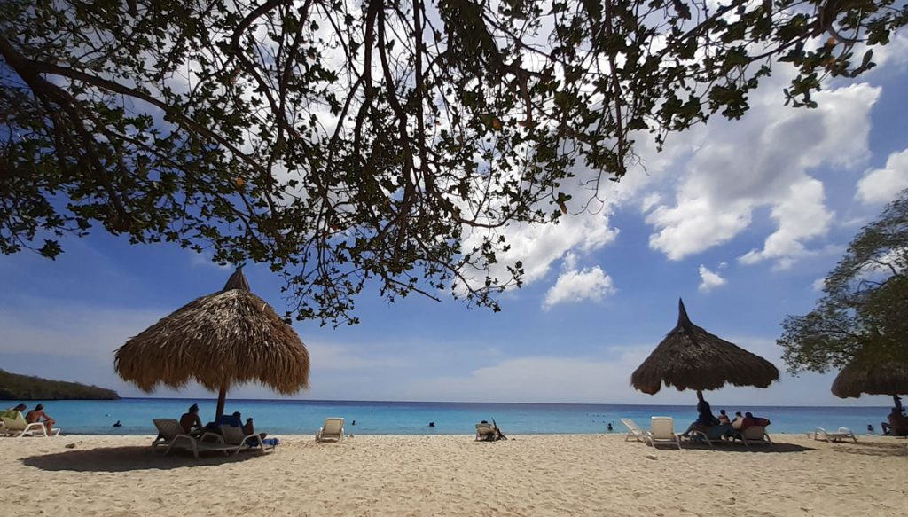 Geniet van het uitzicht op Cas Abou Curaçao