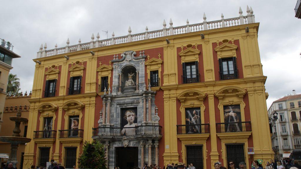 Een van de vele mooie gebouwen in Malaga