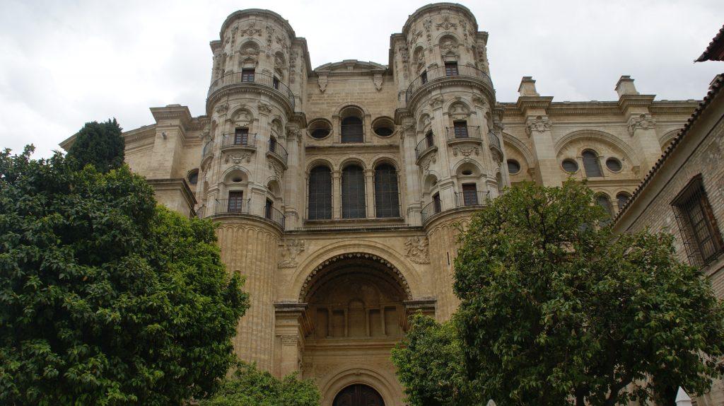 Een van de uitzichten op de Kathedraal van malaga