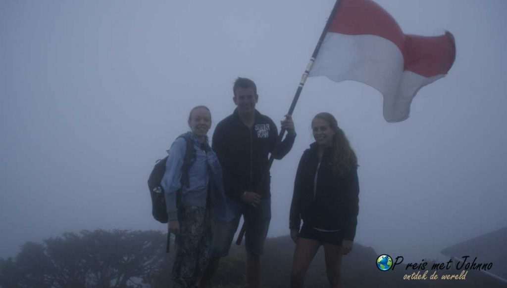 YEAHH we hebben de top gered. De Mount Batur is beklommen