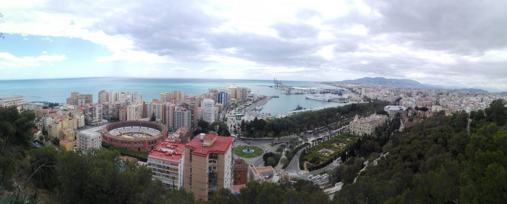 Uitzicht op Malaga vanaf de Castillo de Gibralfaro
