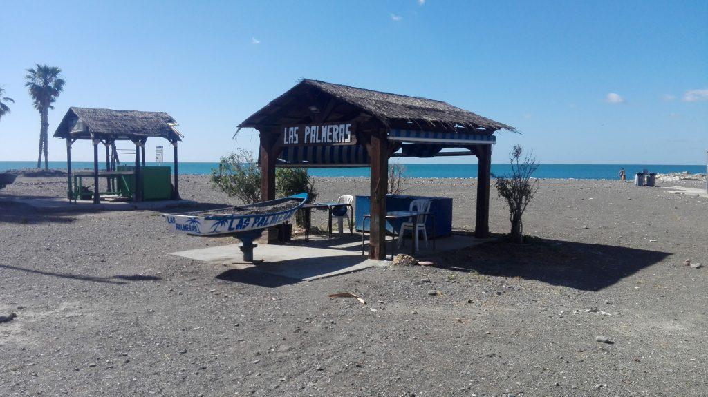 Eettentje op het strand van Malaga