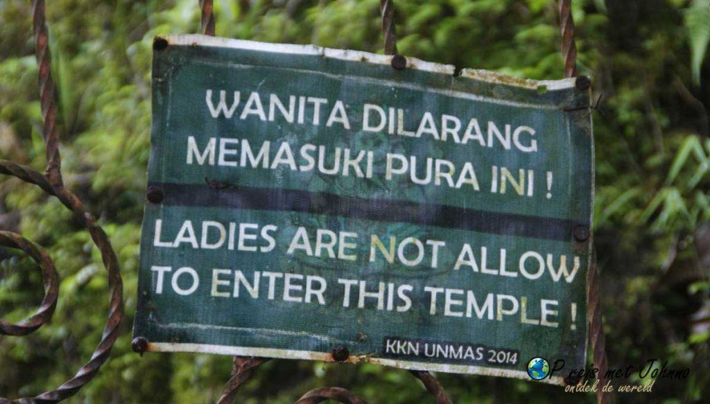 Sorry dames, jullie mogen niet inde  tempel