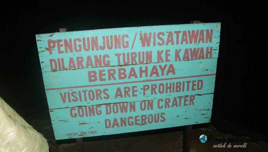 Verboden verder te gaan naar de vulkaan Kawah Ijen