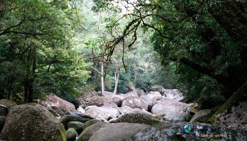 Wat een uitzicht op de rivier in mosman gorge