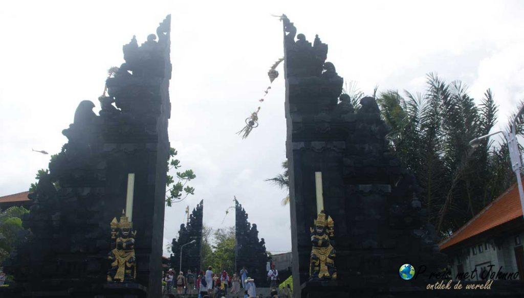 Entree van de Pura Tanah Lot tempel