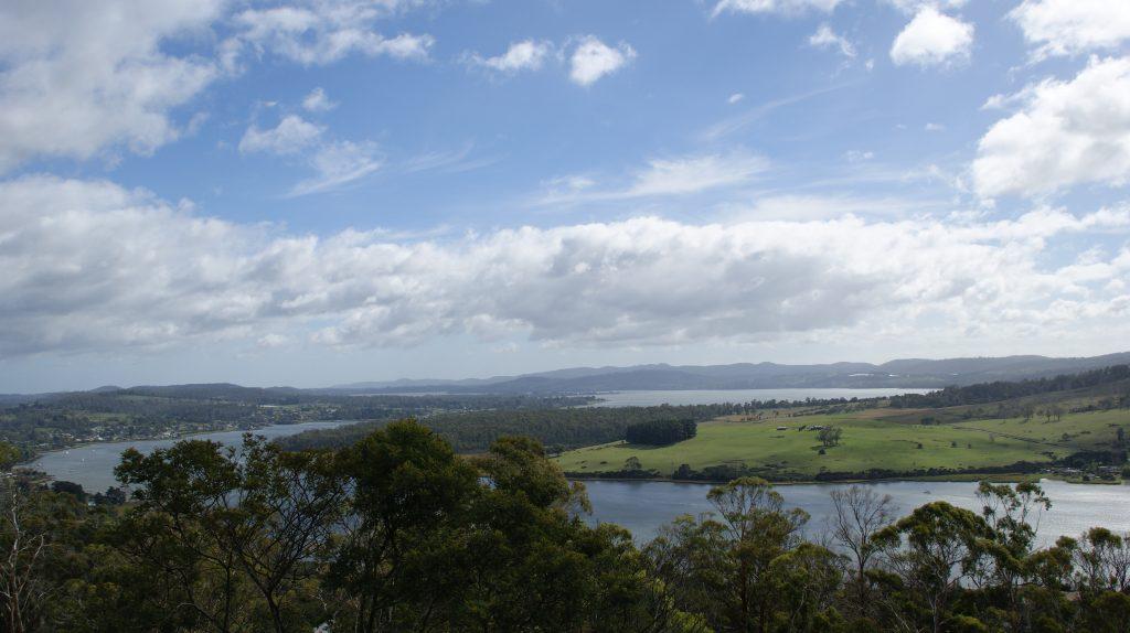 Een van de vele mooie overzichtsfoto's op Tasmanië